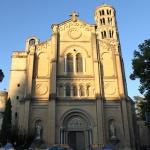 La cathédrale Saint-Théodorit et la tour Fenestrelle
